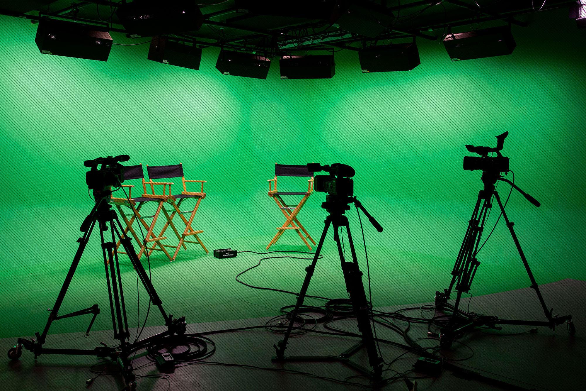 green-screen-grid